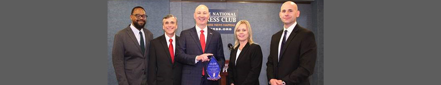 Gov. Ricketts Accepts Award Recognizing Nebraska's Work on Mental Health